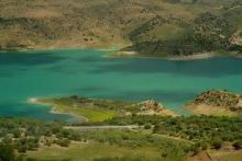 photo-paysage-lac-barrage-Zahara-de-la-sierra-Andalousie-Espagne